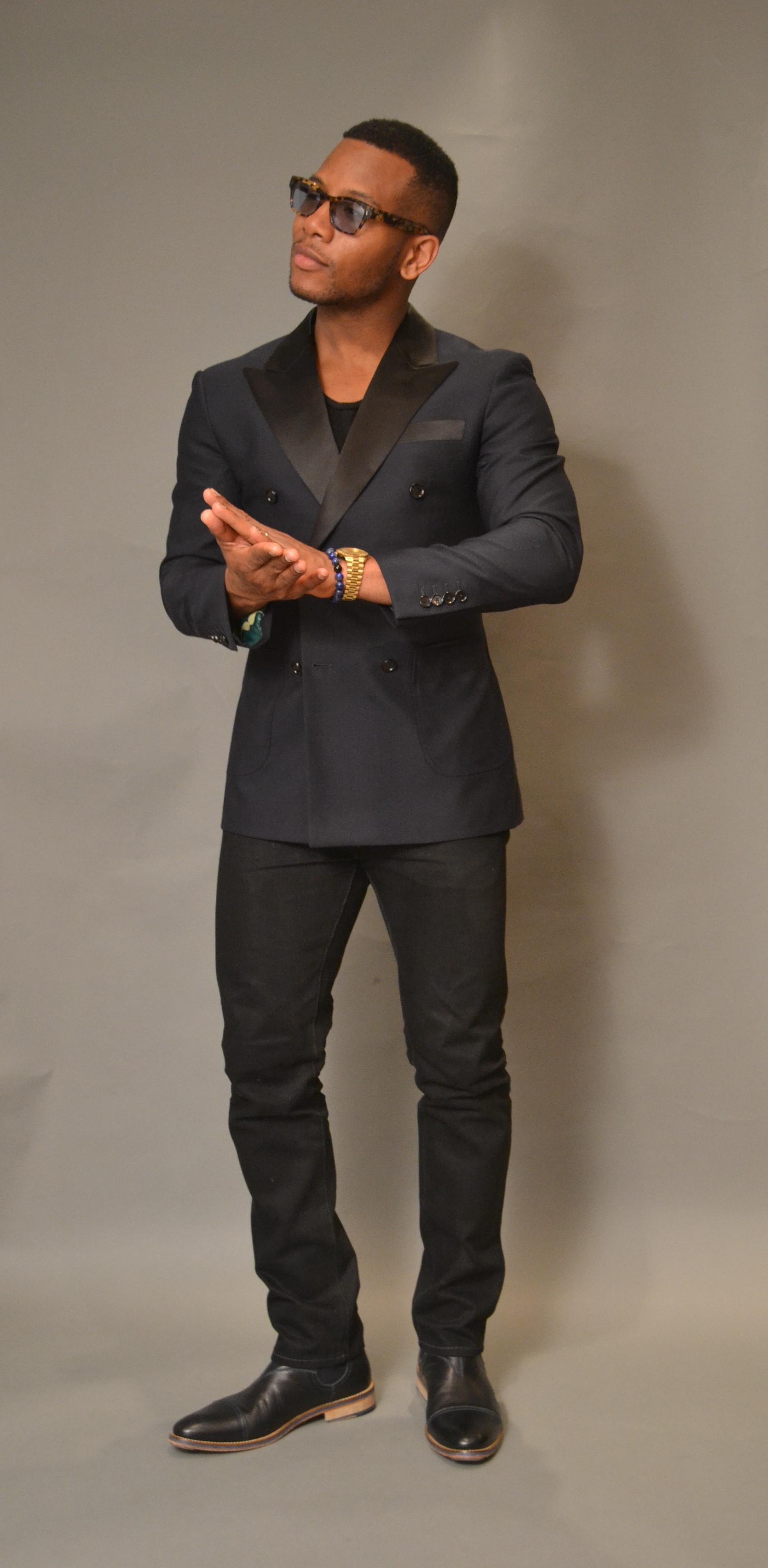 Men's Style Pro in Custom Indochino Midnight Blue Tuxedo