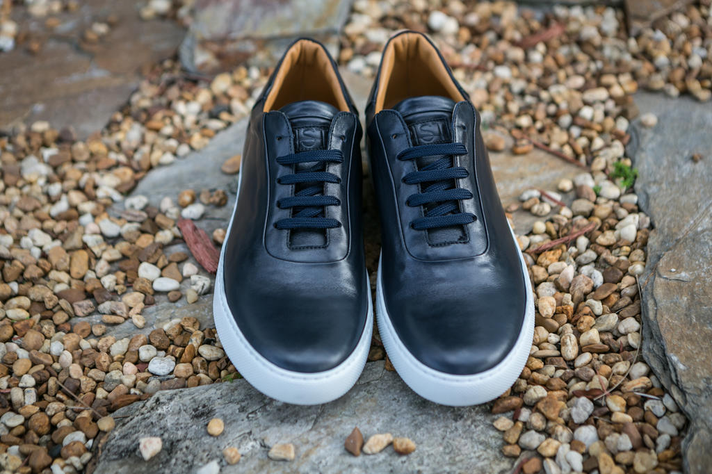 RIST Footwear NAVY Blue Leather Sneakers