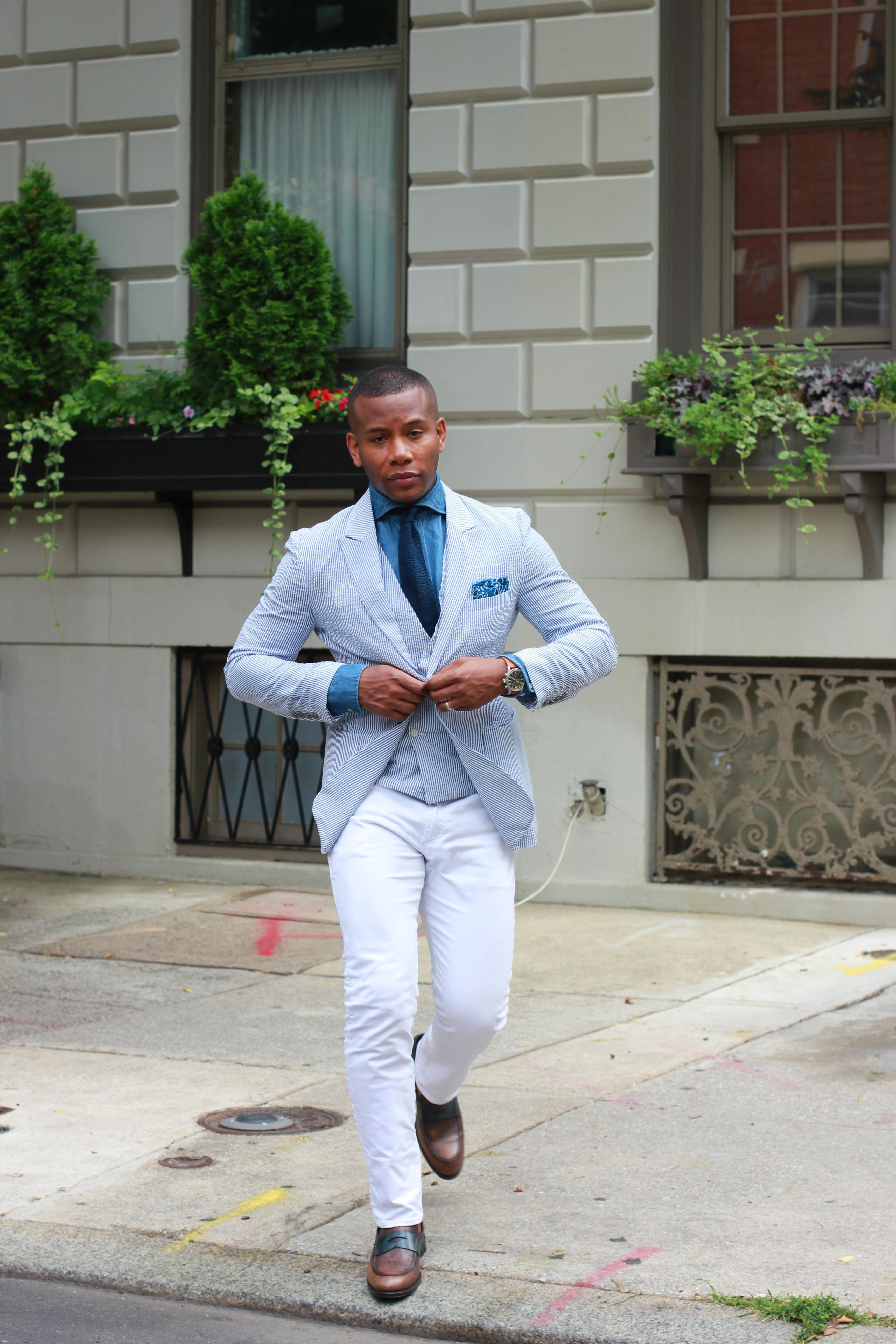 Sabir M. Peele in Tailor 4 Less Seersucker Suit