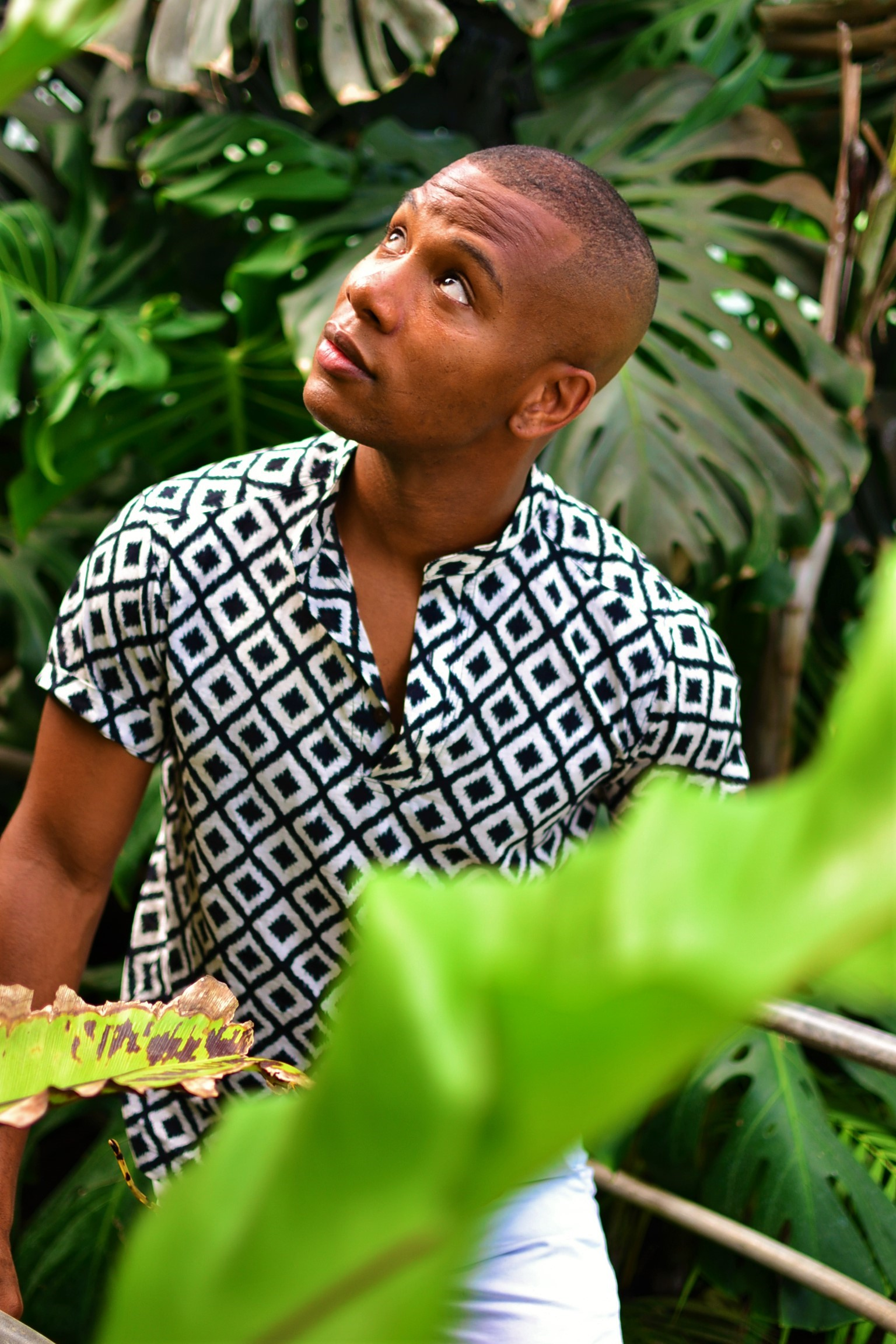 Sabir M. Peele in Hugh & Crye Band Collar Popover Shirt on Men's Style Pro