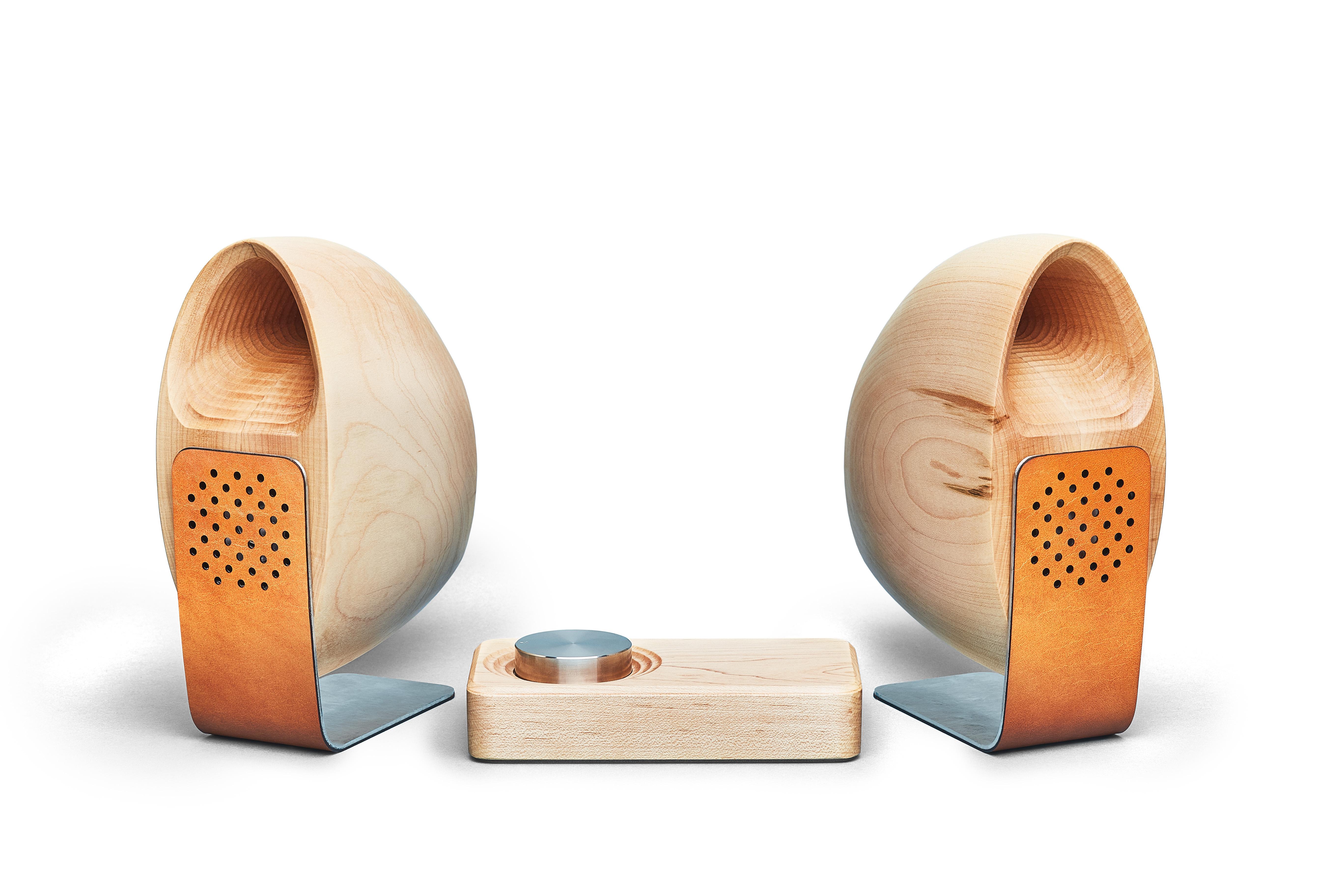 Grovemade - Speaker System - White Background - Maple
