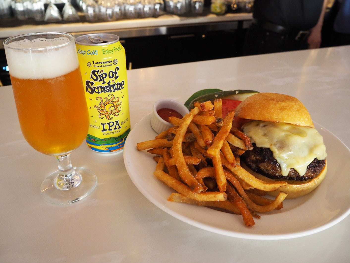 Rogue Philly Burger & Cocktails
